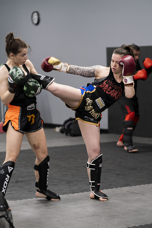 martial arts muay thai boxing therapy az
